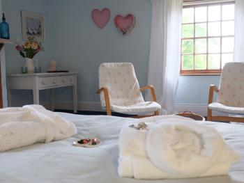Rosie's, vintage romantic double room