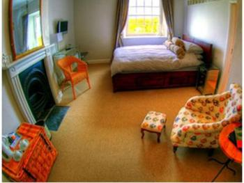 Double room-Ensuite-Cawsand