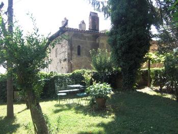 Il tranquillo giardino della residenza d'epoca San Lorenzo tre