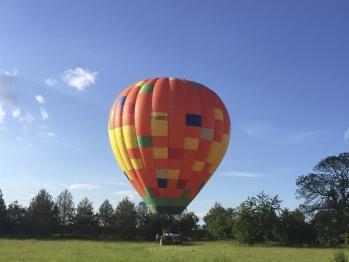 La montgolfière dans le jardin