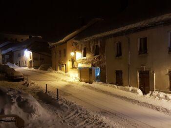 Rue Royale un soir en hiver