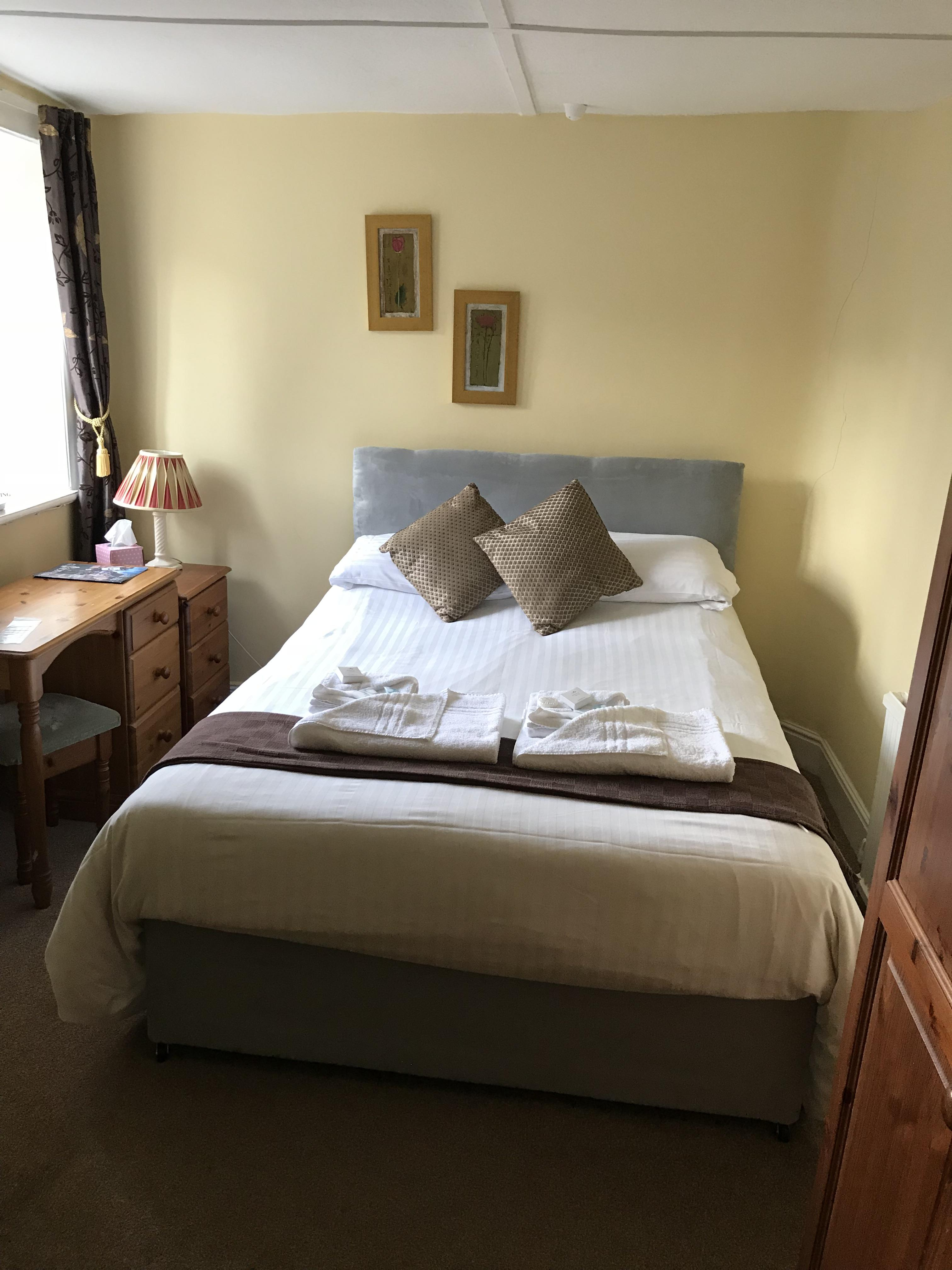 Double room-Ensuite-Small Room - Base Rate
