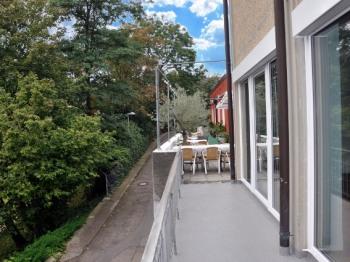 Balkon-Weg zur Terrasse