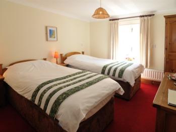 Twin room-Standard-Ensuite-(Rooms 3 & 6)
