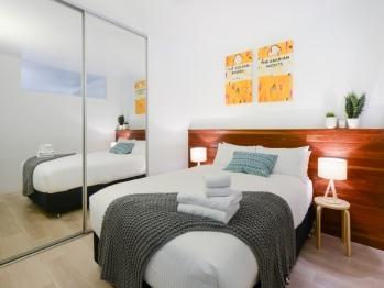 Apartment-Deluxe-Private Bathroom-Balcony-Unit 502 - Apartment-Deluxe-Private Bathroom-Balcony-Unit 502