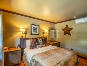Guest Room B-Single room-Ensuite