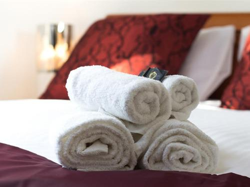 Luxury Bedding Provided In Each Room