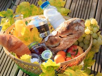 Panier Petit-Dejeuner livré à votre Gîte (sur reservation)
