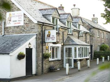 Racehorse Inn - The Racehorse Inn