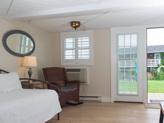 Apartment-Ensuite-Standard-Ocean View-102- Main House, 3 twn +