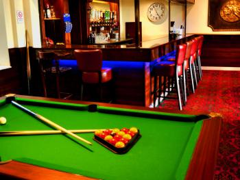 Pool table & bar
