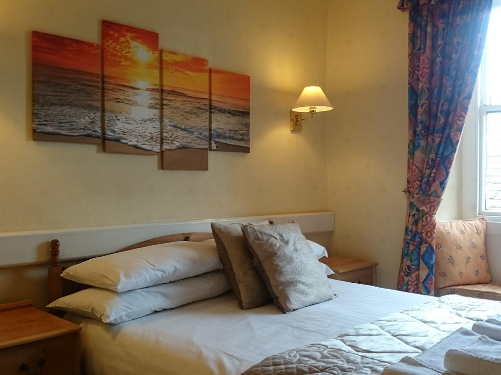 Double room-Classic-Ensuite-Street View-Room 2 or 3