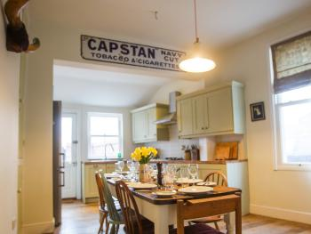 Spencer House - Enjoy a meal in our well equipped kitchen