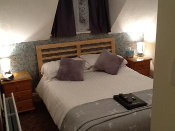 Double room-Ensuite-Small