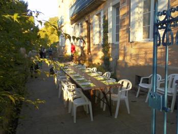 façade 2- table d'hôtes en été