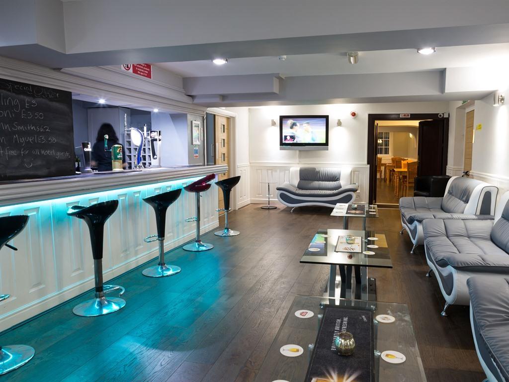 Unit-Vanity unit-Bar & Restaurant - Base Rate