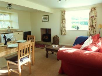 Snowdrop - 1 Bedroom Cottage - 3 night minimum stay