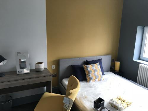 Room 1 - TO UPDATE