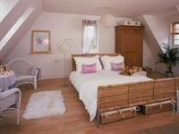 Rooms -Studio Apartment - King Size Double En-suite