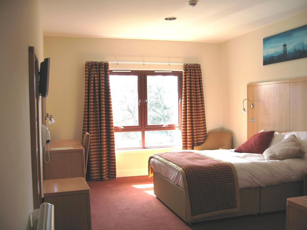 Double room-Ensuite-Wheelchair Access - Base Rate