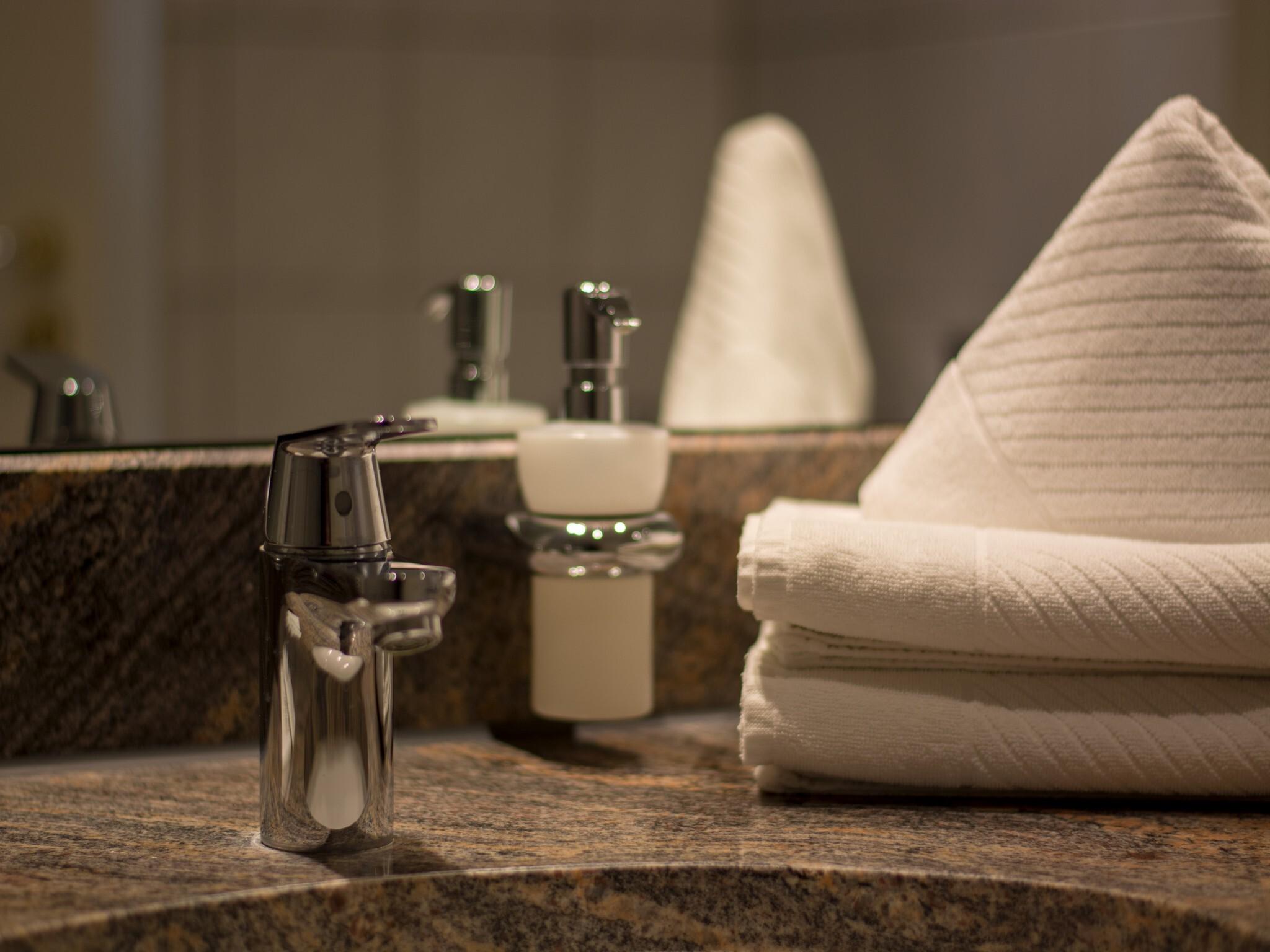 Studio-Premium-Ensuite with Bath