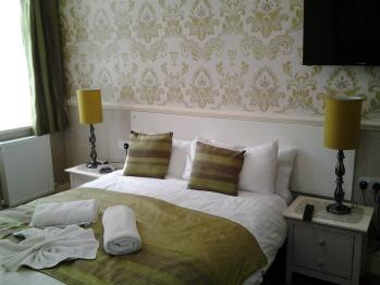 The Rimini - Room 2 Ground floor En-suite