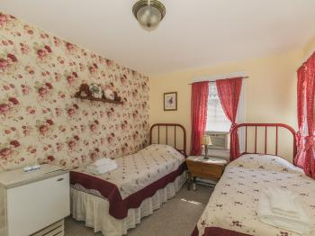 Double room-Ensuite-Standard-Vermont Room - Base Rate