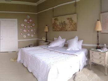 Bonser Suite - Double or Twin En-suite (Emperor bed - with Breakfast)
