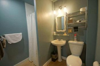 Bathroom Guest Room #5