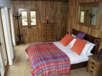 Open Plan Lodge