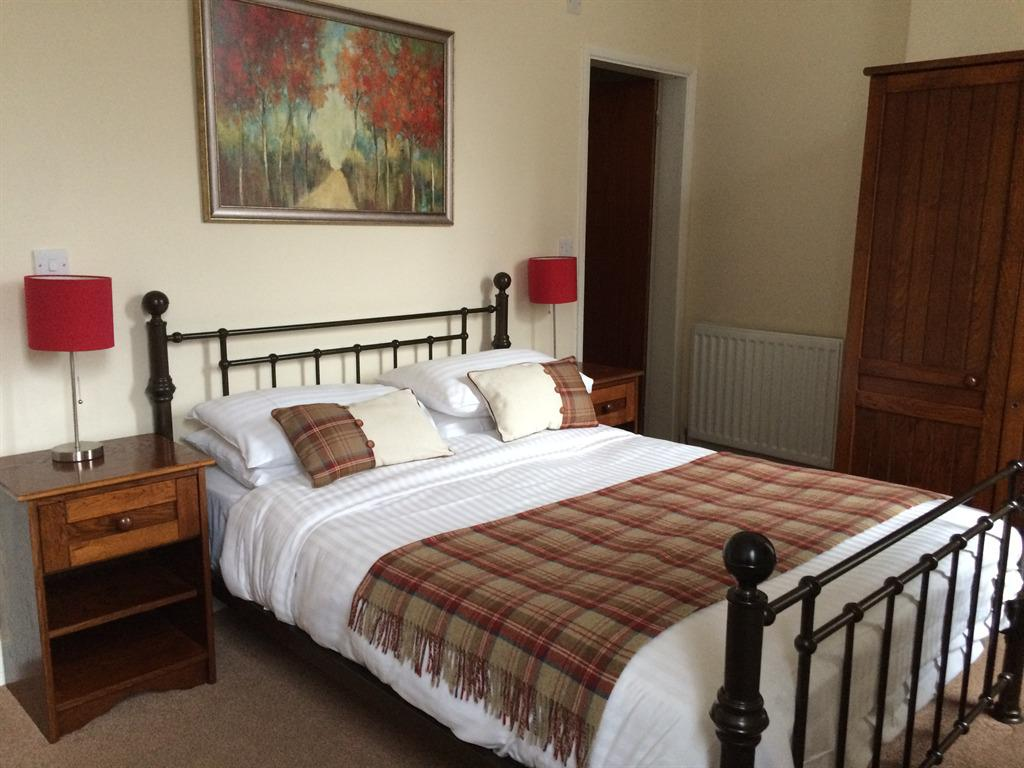 Double room-Standard-Ensuite-Rooms 12 & 22 - Double room-Standard-Ensuite-Rooms 12 & 22