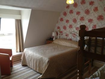Family room-Ensuite-Sea View-2 adults & 2 children