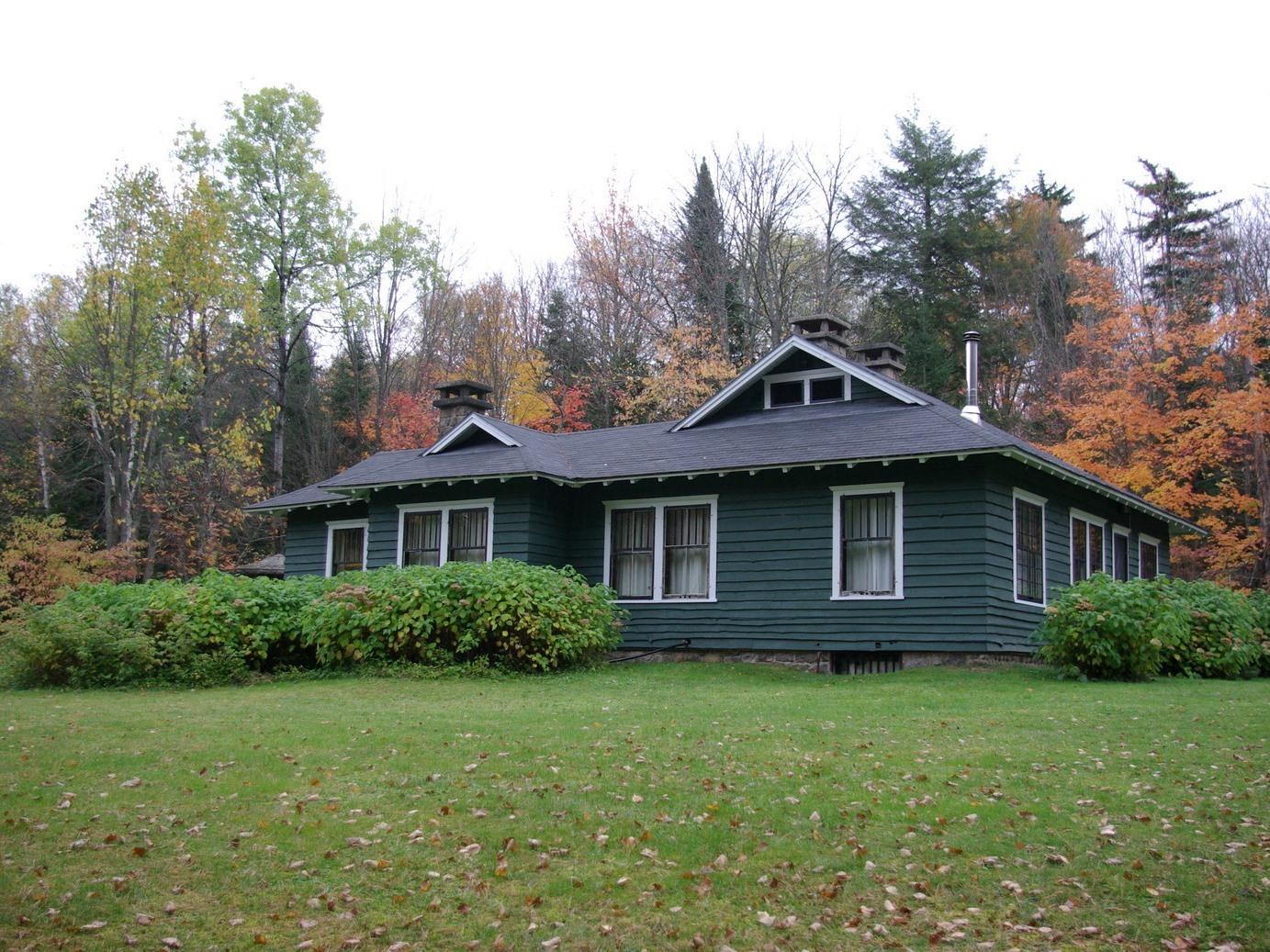 Gate Cottage--Pet Friendly --Woodland View