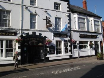 Three Tuns Hotel - frontage