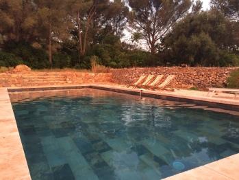 Nouvelle piscine, traitée à l'eau salée