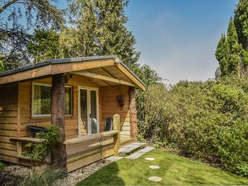 Chalet-Superior-Ensuite with Shower-Garden View