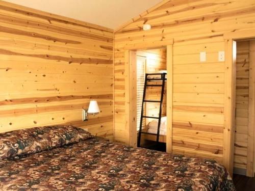 Cabins 1-10 Interior
