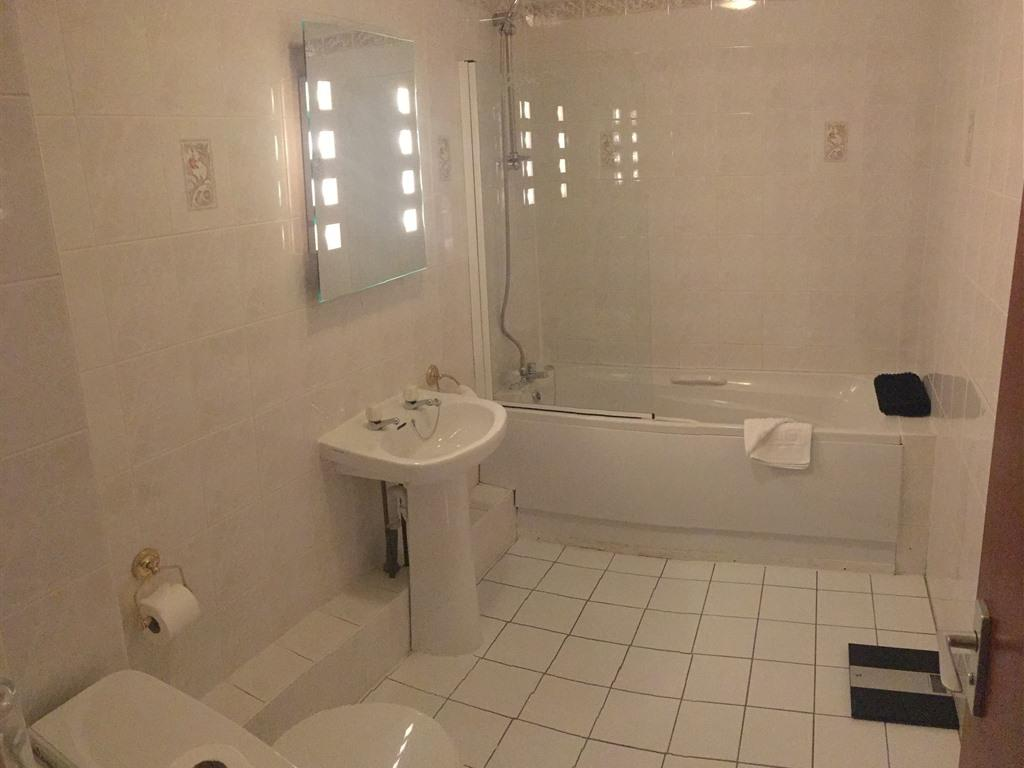 Family room-Deluxe-Ensuite-5 Persons