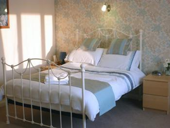 Double room-Standard-Ensuite-2 - Base Rate
