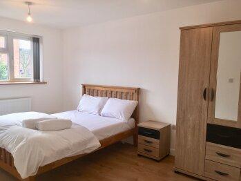 Double room-Premium-Shared Bathroom - Base Rate