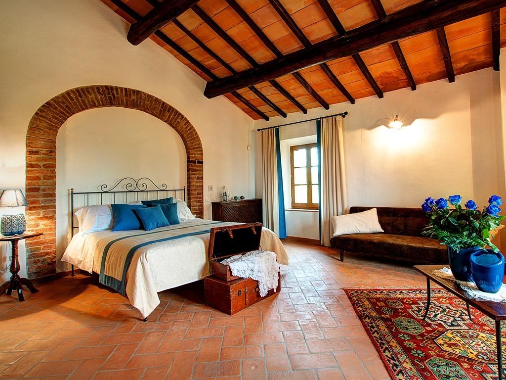 """Suite-Superiore-Bagno in camera con doccia-Vista giardino-""""Rosa Turchese"""""""