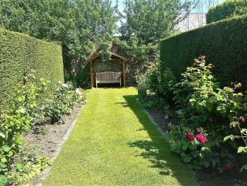 Formal Gardens (Rose Walk)