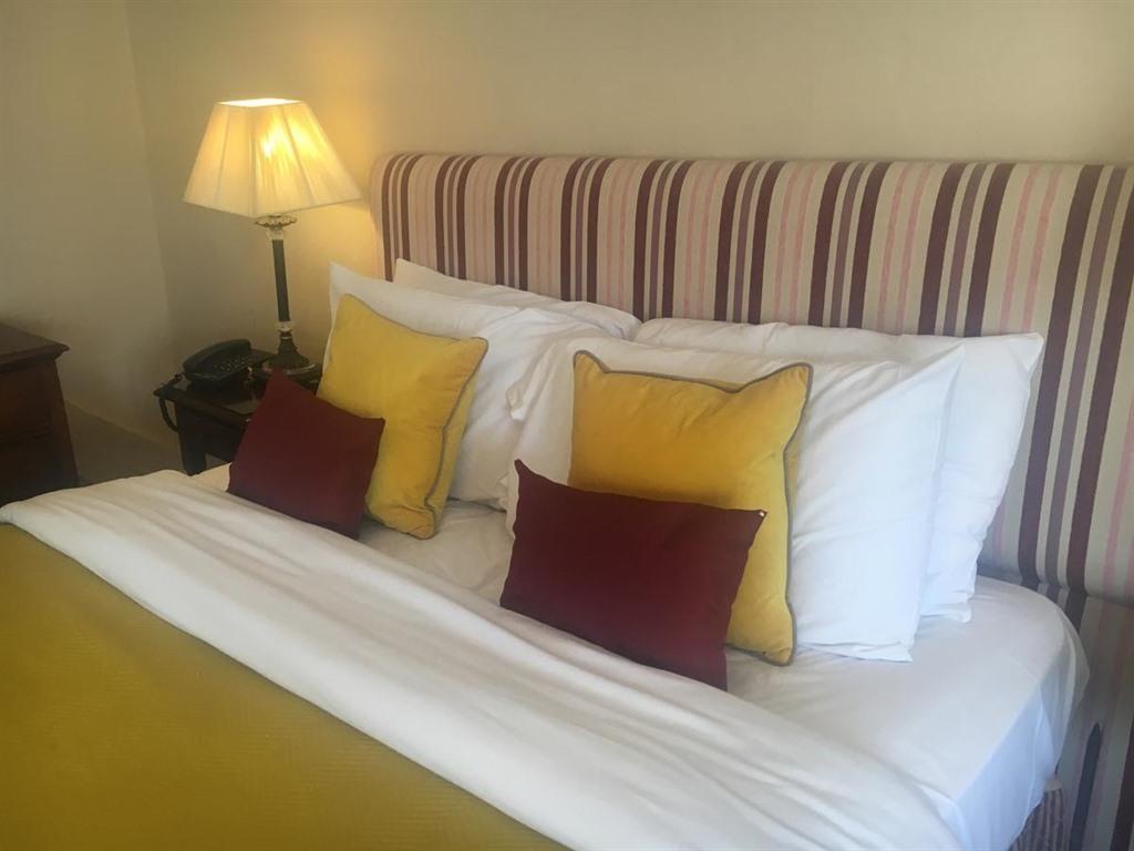 Double room-Suite-Ensuite with Bath-Garden View-Double Suite