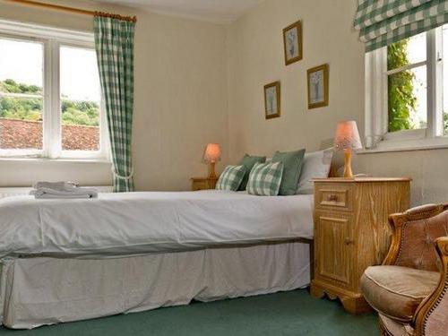 Family room-Ensuite-2 Adults & 2 Child