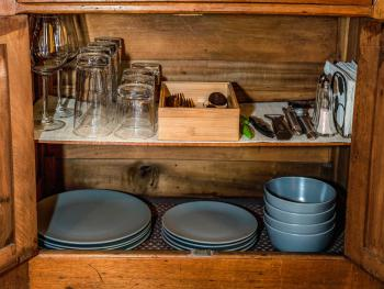 Raven Room #2 - Well stocked with kitchenware!