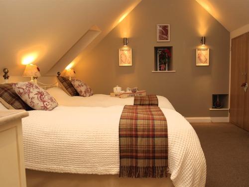 Bedroom twin configuration