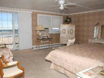 Oceana Room-King-Ensuite-Deluxe-Ocean View - Base Rate