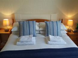 Double Room with En-suite Shower (Small Room)
