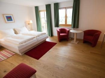 Dreibettzimmer-Ensuite Dusche-Bergblick