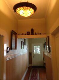 Hilo Bay Hale B&B hallway